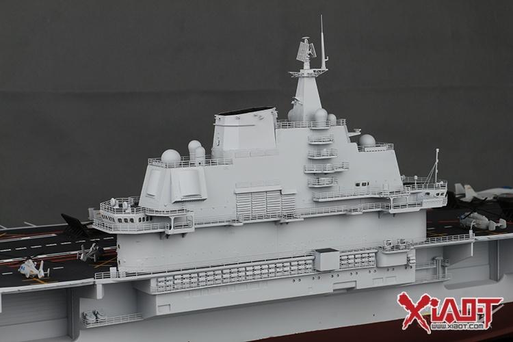 350 辽宁号航空母舰