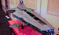 微星推出《星球大战》歼星舰主机 霸气外露还会发光
