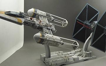万代 Y-wing+钛战机
